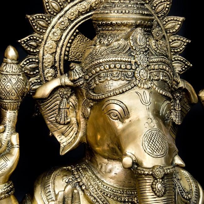 金運と幸運の神様 ガネーシャ像 [特大サイズ・約85cm] 5 - ガネーシャの右の牙が折れているのは複数の伝承があるとされています