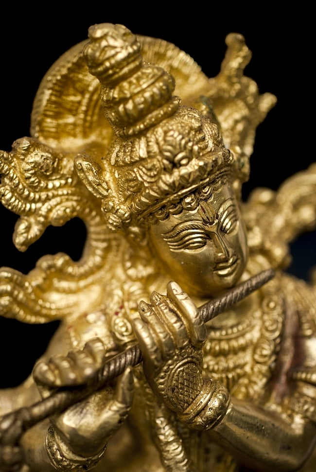 クリシュナ(31cm)の写真9 - 笛を吹く姿が特徴的なクリシュナ神です。
