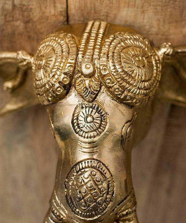 ゾウのドアベルの写真4 - 細かな装飾が施されています。