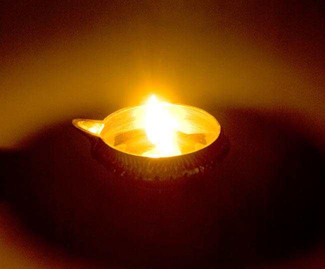 ディア・オイルランプ&灰皿【外径10cm】 8 - 実際にオイルを入れて火を灯してみました。