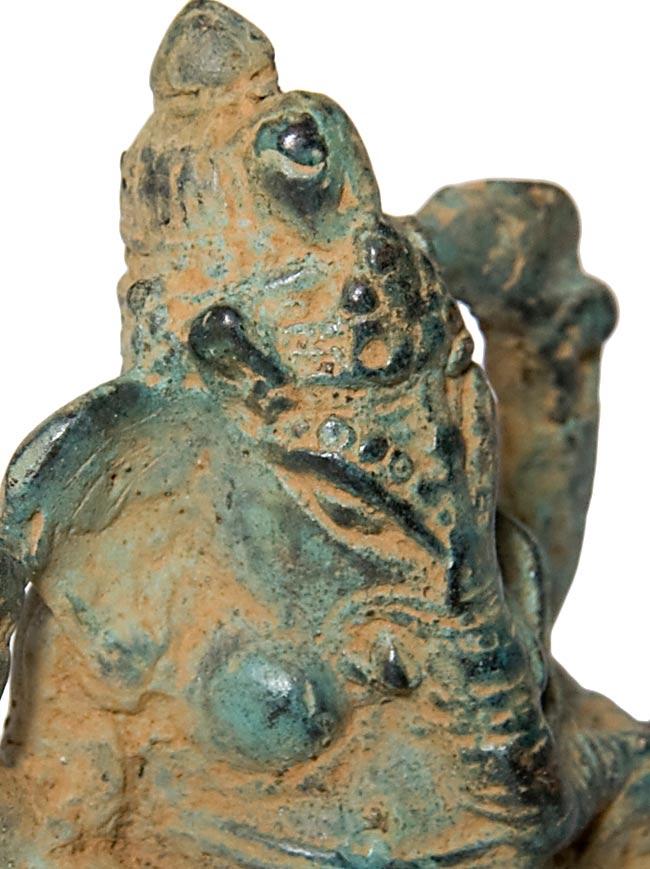 ガネーシャ(11.6cm)の写真3 - 顔の拡大写真です。