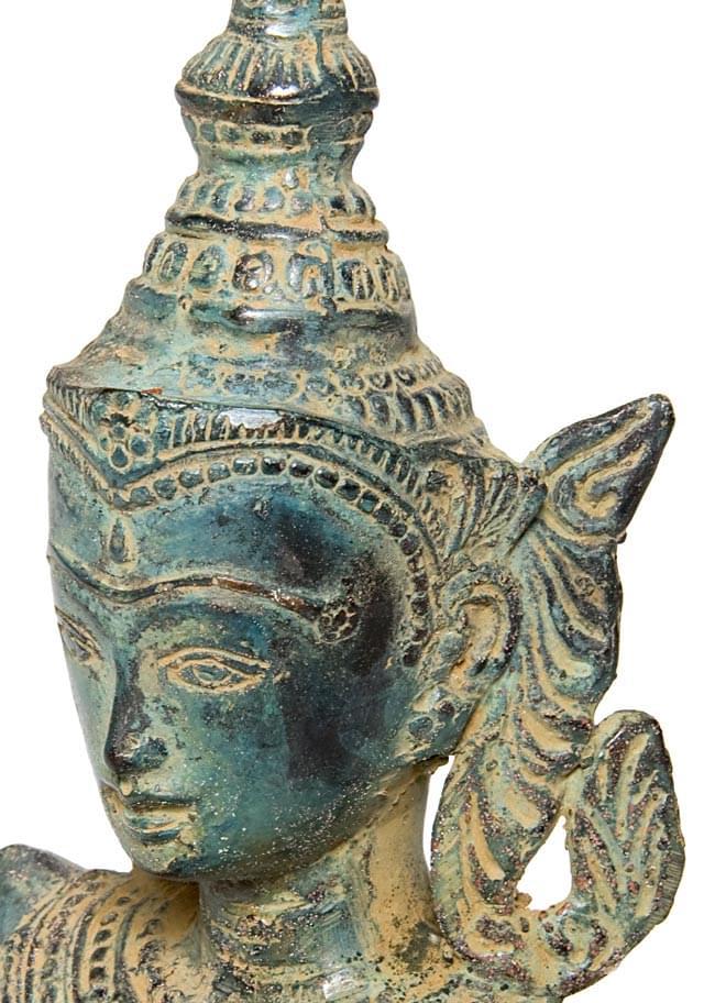 タイの神様像(31.9cm) 2 - 顔の拡大写真です。