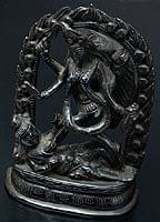 シヴァ神の腹の上で踊るカーリー