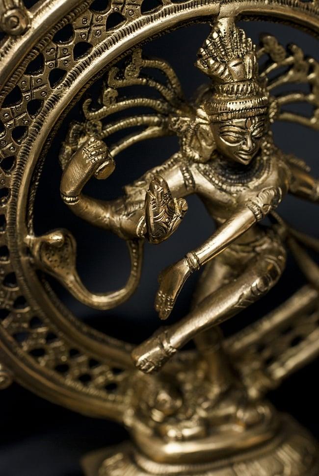 ダンシング シヴァ【24cm】の写真3 - 創造と破壊を同時にもたらすインド最大の神です。