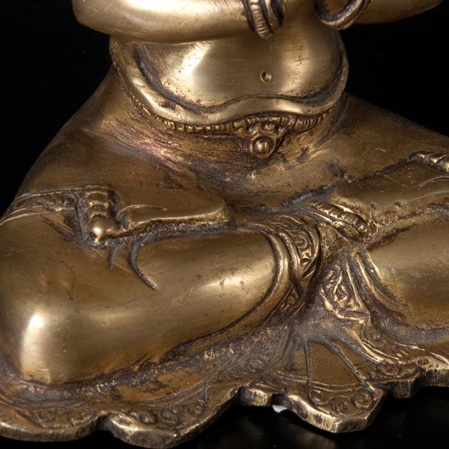 六字観音菩薩(シャドゥクシャリー・アヴァローキテーシュワラ)[16cm]の写真4 - 別の斜め前のアングルから撮影しました