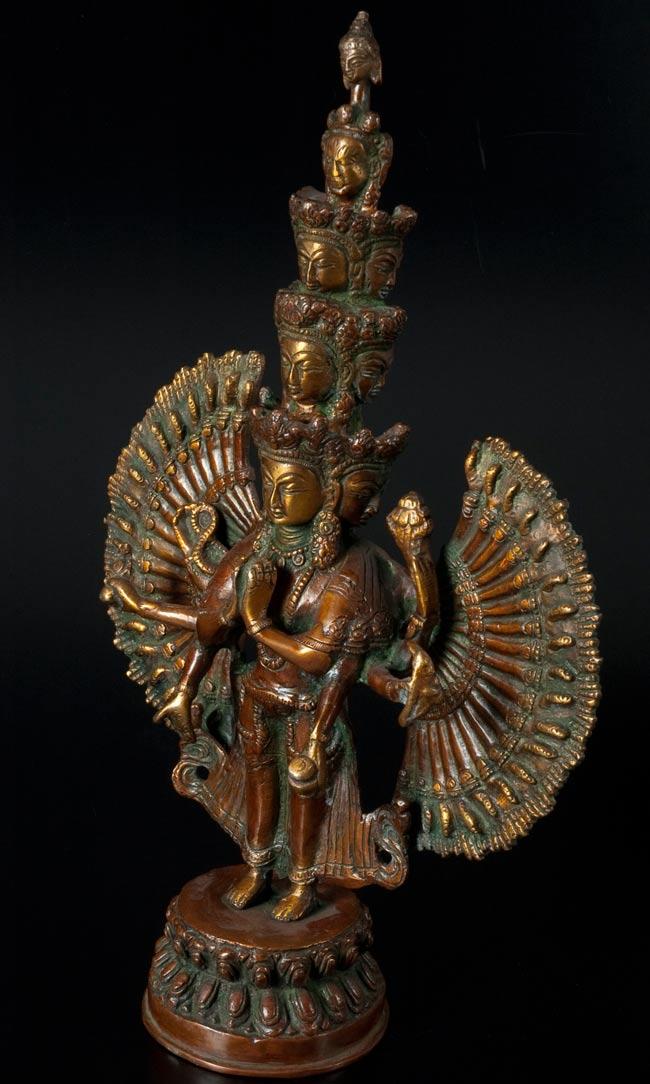 エーカダーシャムカ・アヴァローキテーシュヴァラ - 十一面観音菩薩[36cm]の写真5 - 横から撮影しました
