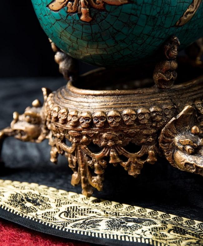 【高品質】チベット密教法具 頭蓋骨杯 カパーラ 10 - はるか異国を感じさせる作りになっています。