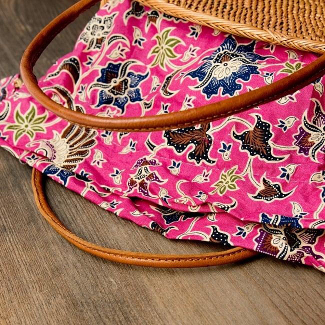 アタかご 巾着バッグ 発祥の地トゥガナン村で手作り 10 - 色々な色合いがありますが、どちらもいい雰囲気です。