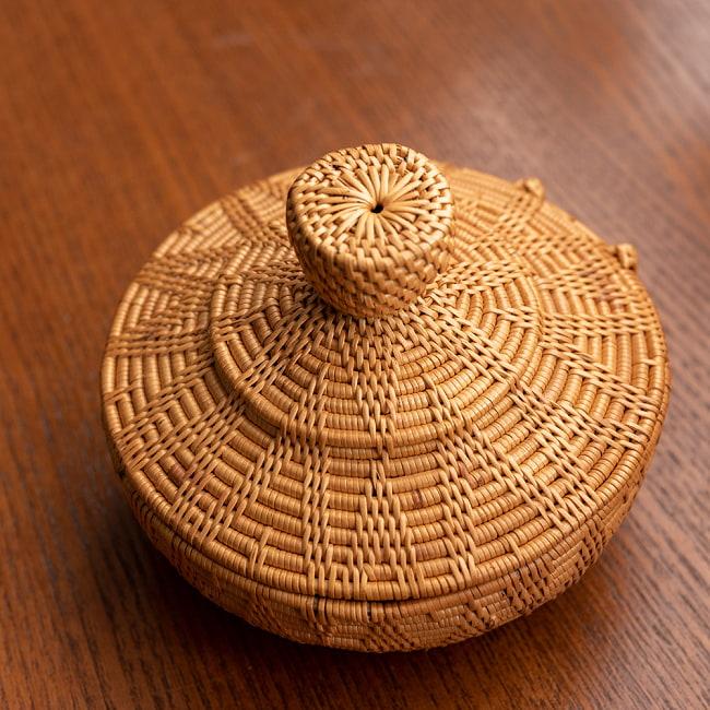 トゥガナン村のアタ タジン鍋型小物入れ 【直径12.5cm】 2 - 斜め上から撮影してみました。