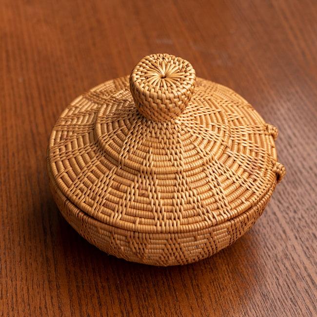 トゥガナン村のアタ タジン鍋型小物入れ 【直径12.5cm】の写真