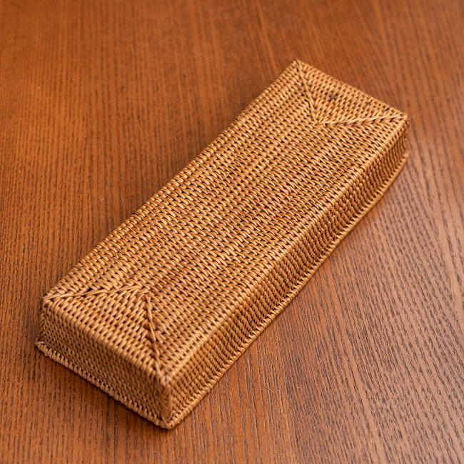 トゥガナン村のアタ 長方形小物入れ 【22cm×9cm】の写真6 - 一目一目、丁寧に編まれています