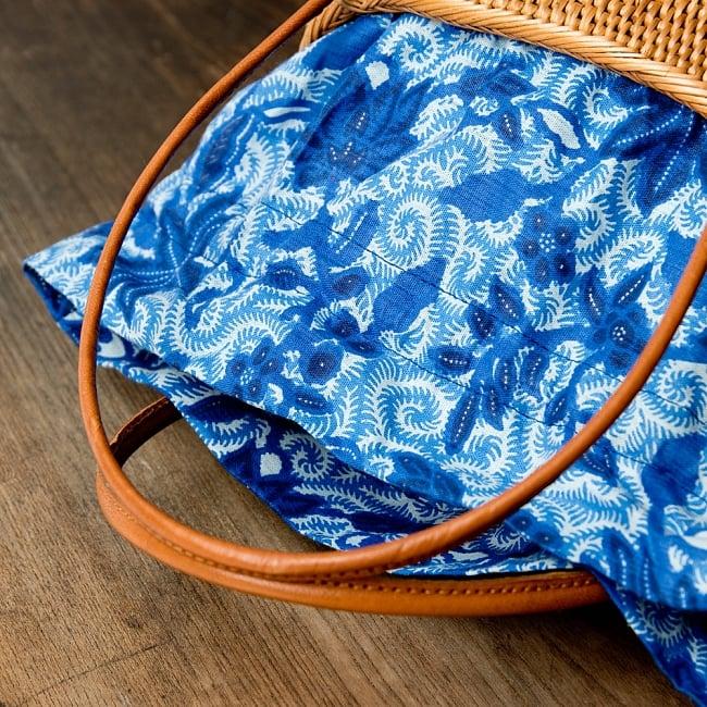 アタかご巾着バッグ 発祥の地トゥガナン村で手作り 10 - 色々な色合いがありますが、どちらもいい雰囲気です。