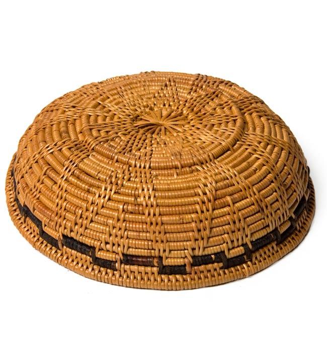トゥガナン村のアタ 円形皿 - 小の写真3 - 底の部分です。