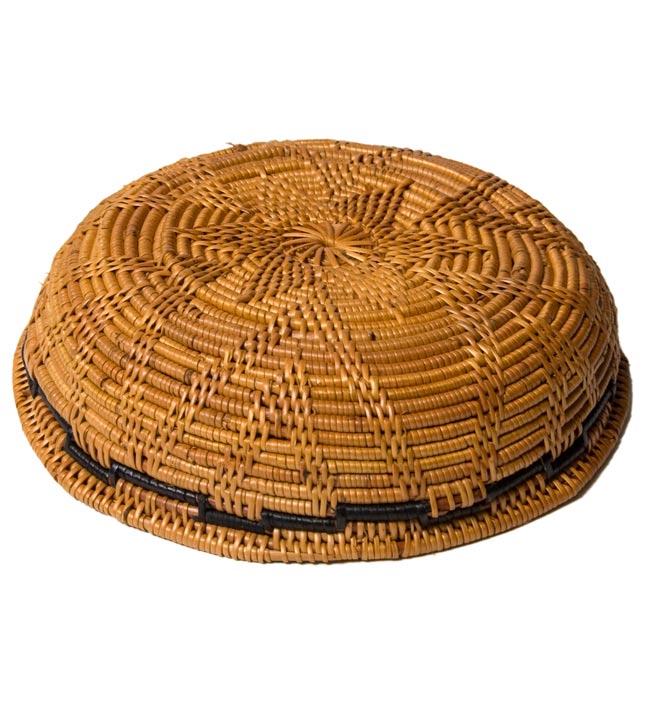 トゥガナン村のアタ 円形皿 - 中の写真3 - 底の部分です。