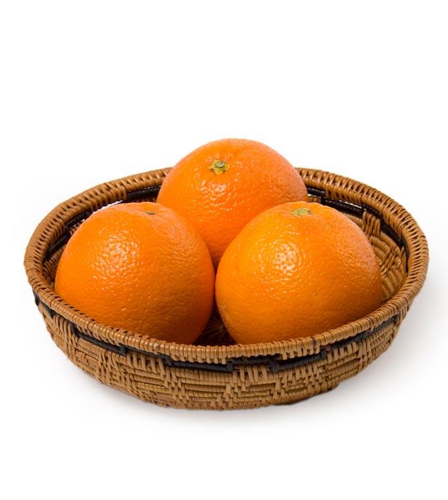トゥガナン村のアタ 円形皿 - 中の写真5 - お菓子や果物など、小物を入れるのに便利ですよ