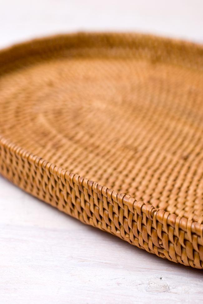 トゥガナン村のアタ 楕円薄小皿 【23cm】の写真4 - 角度を変えてみてみました。
