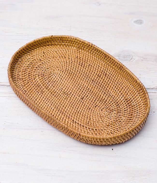 トゥガナン村のアタ 楕円薄小皿 【23cm】の写真