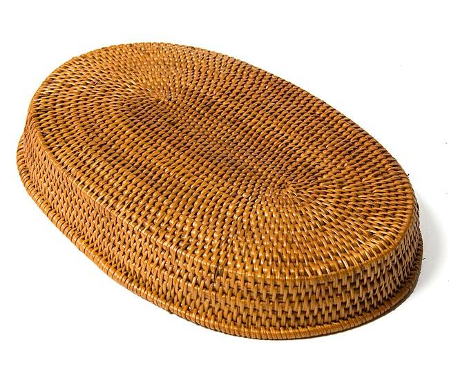 トゥガナン村のアタ 楕円薄小皿 【22cm】の写真4 - 裏返してみました。