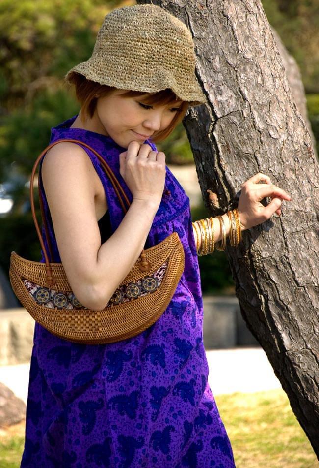 アタバッグ【約17cm x 31cm】 6 - カジュアルな服装にも合わせやすいアタ籠。