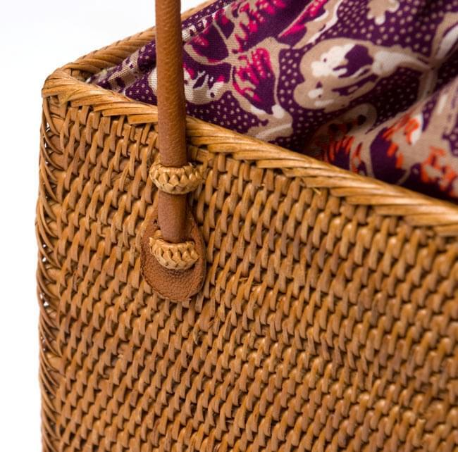 アタかご 巾着スクエアバッグ 発祥の地トゥガナン村で手作り【約22cm x30cm 】 3 - サイドからの写真です