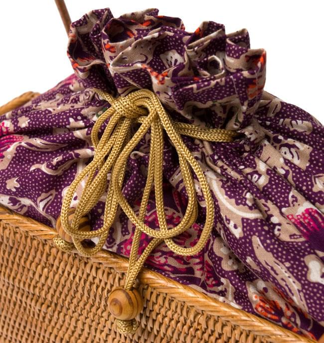 アタかご 巾着スクエアバッグ 発祥の地トゥガナン村で手作り【約22cm x30cm 】 5 - ハンドメイドのぬくもりを感じます