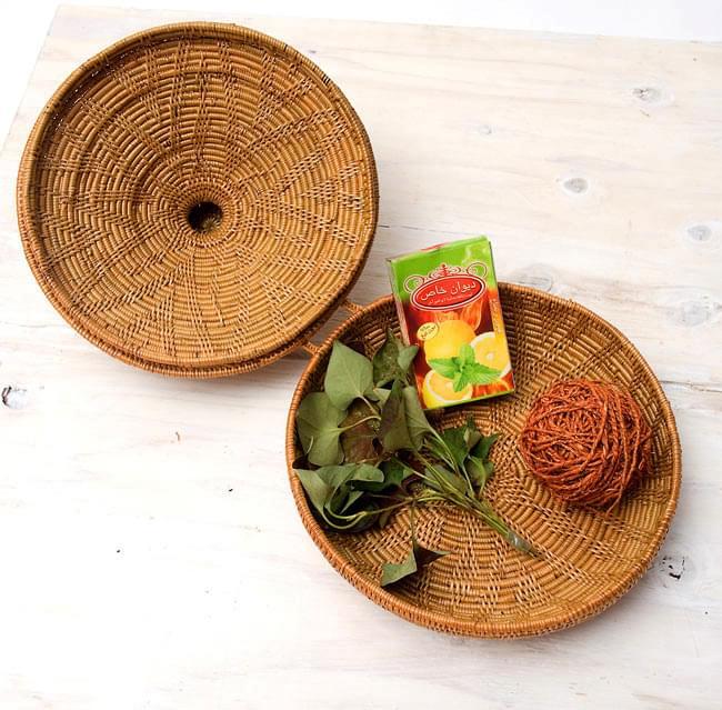 トゥガナン村のアタ タジン鍋型小物入れ 【23cm】の写真6 - ちょっとした小物や小さな果物を入れたりするのにもお使い頂けます