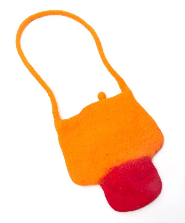 キュート! フェルトのきのこちゃんバッグ オレンジ 3 - 裏面はシンプルですね。