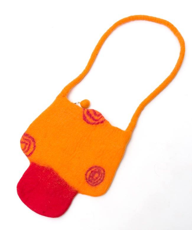キュート! フェルトのきのこちゃんバッグ オレンジの写真