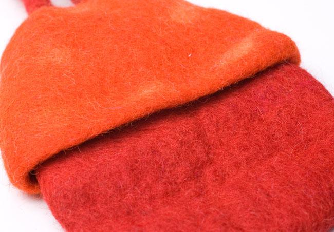 フェルトのきのこちゃんスライドバッグ 【オレンジ×赤】  4 - アップにしてみました。
