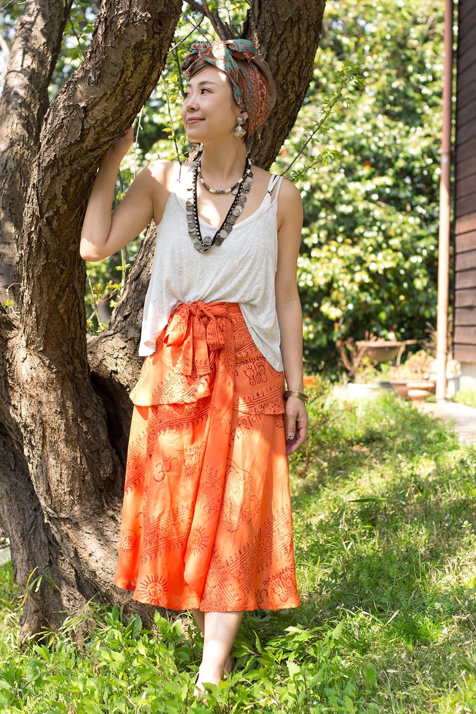 ラムナミフェアリー巻きスカート 2 - 身長150cmのモデルさんがショートタイプを着用してみました。