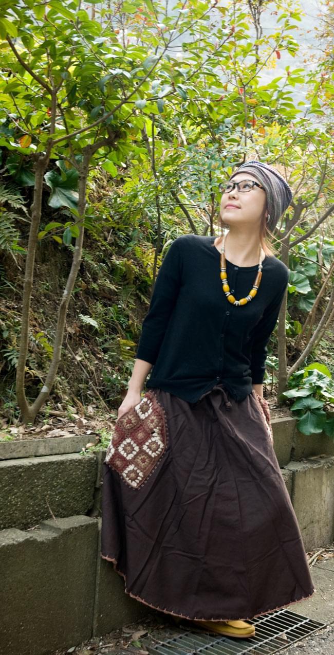 フラワー刺繍のコットンフレアスカート 6 - 身長150cmの着用例です。