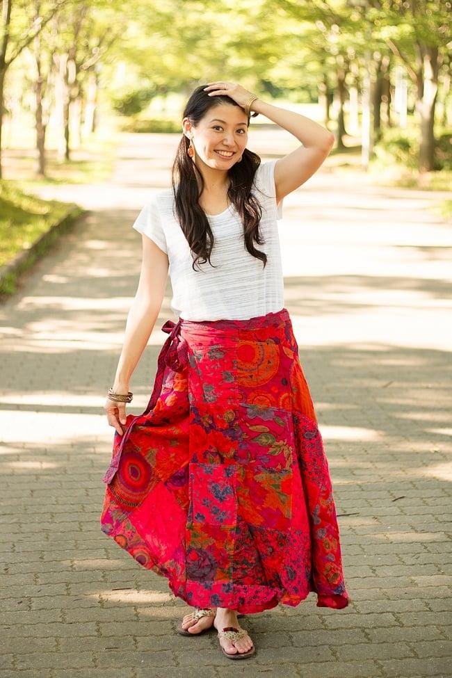 インドコットンのカラフル・パッチワーク巻きスカート 10 - 選択E:赤系です。