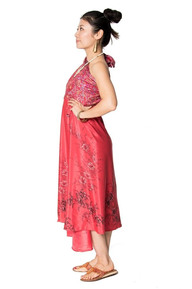 【1点もの】20通りの着方ができる魔法のスカート 赤系 2 2 - 背中側からみてみました。