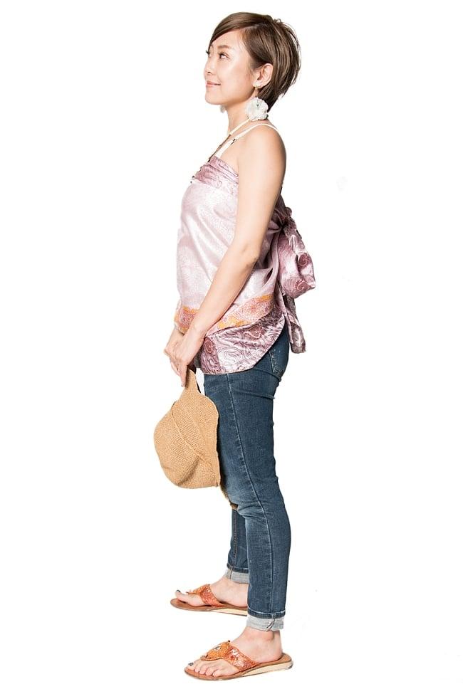 【1点もの】20通りの着方ができる魔法のスカート ピンク系 3の写真2 - 背中側からみてみました。
