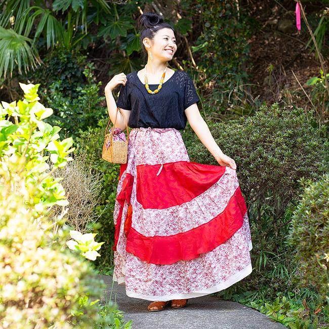 オールドサリーのティアードスカート 6 - 身長165cmのモデルさんの着用例です。