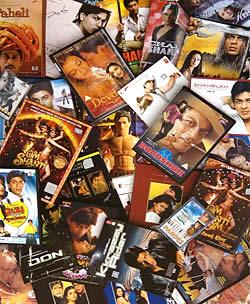シャールクカーン DVD ガイドブック - 裏表紙…シャールクが出演している映画ってこんなにあるんですね