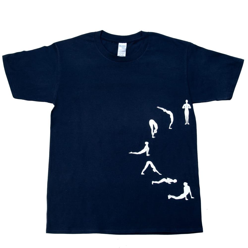 太陽礼拝Tシャツ ヨガの太陽礼拝ポーズをデザイン 2 - 表面です