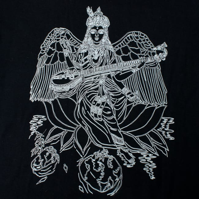 翼のあるサラスバティTシャツ 4 - デザインをアップにしてみました。