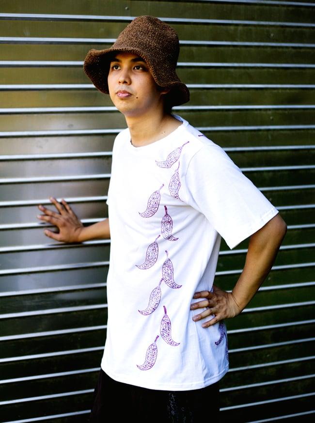 トウガラシ ウッドブロックプリントTシャツ 10 - 身長170cmのスタッフが【Lサイズ-白色】を着てみました。