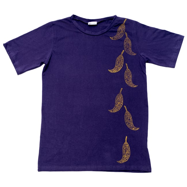 トウガラシ ウッドブロックプリントTシャツ 2 - 広げるとこのようなデザインになっております