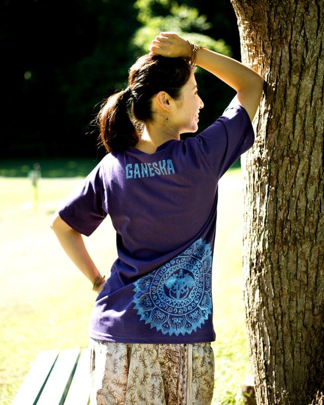 ガネーシャのひかり ウッドブロックプリントTシャツの写真10 - フチのところや、上部にプリントを入れられるのも、自由度の高いウッドブロックプリントの魅力です。