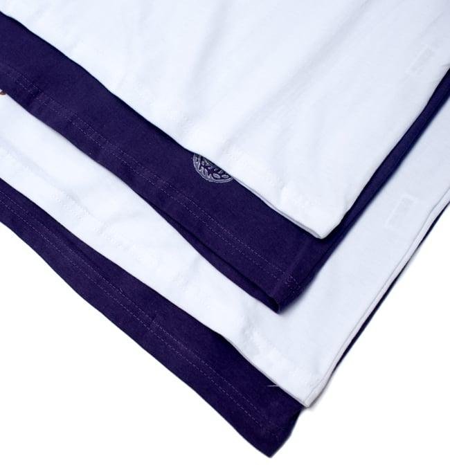 ガネーシャのひかり ウッドブロックプリントTシャツの写真14 - 裾の長さの違いです