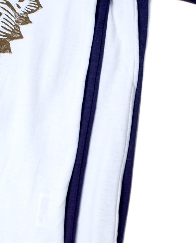 ガネーシャのひかり ウッドブロックプリントTシャツの写真15 - 下部の長さ違いです