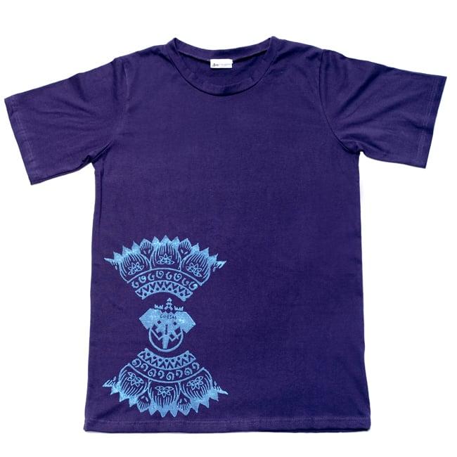ガネーシャのひかり ウッドブロックプリントTシャツの写真2 - 広げるとこのようなデザインになっております