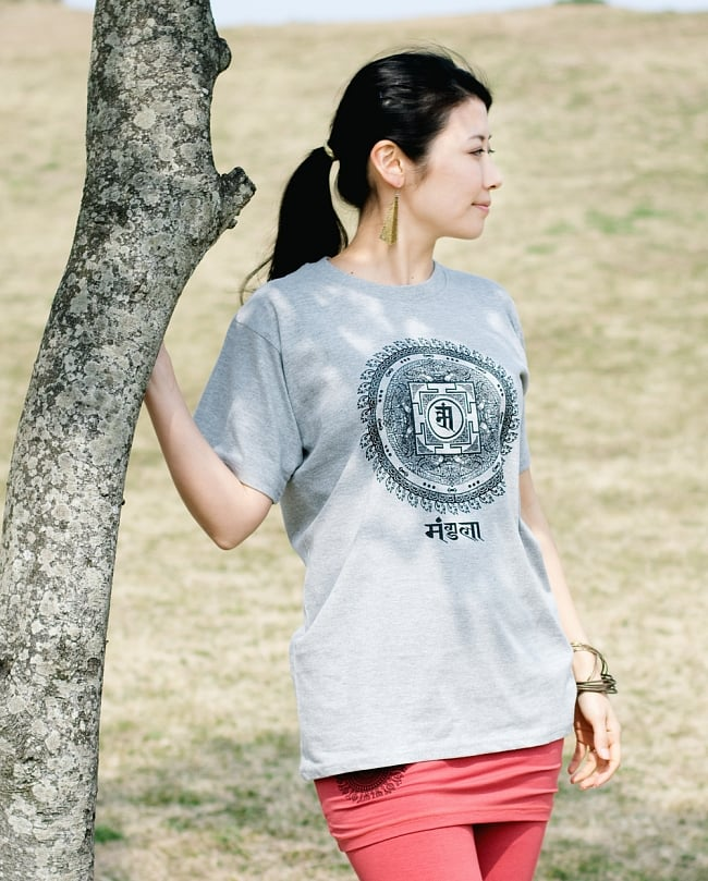 マンダラTシャツの写真