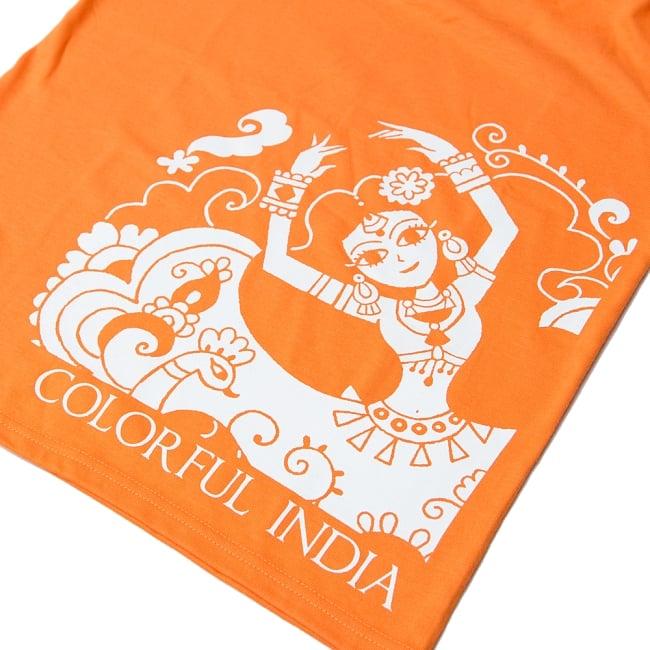 カラフルインディアTシャツ 12 - イラスト面をアップにしてみました。エキゾチックな女性の躍動感あふれたイラストです。
