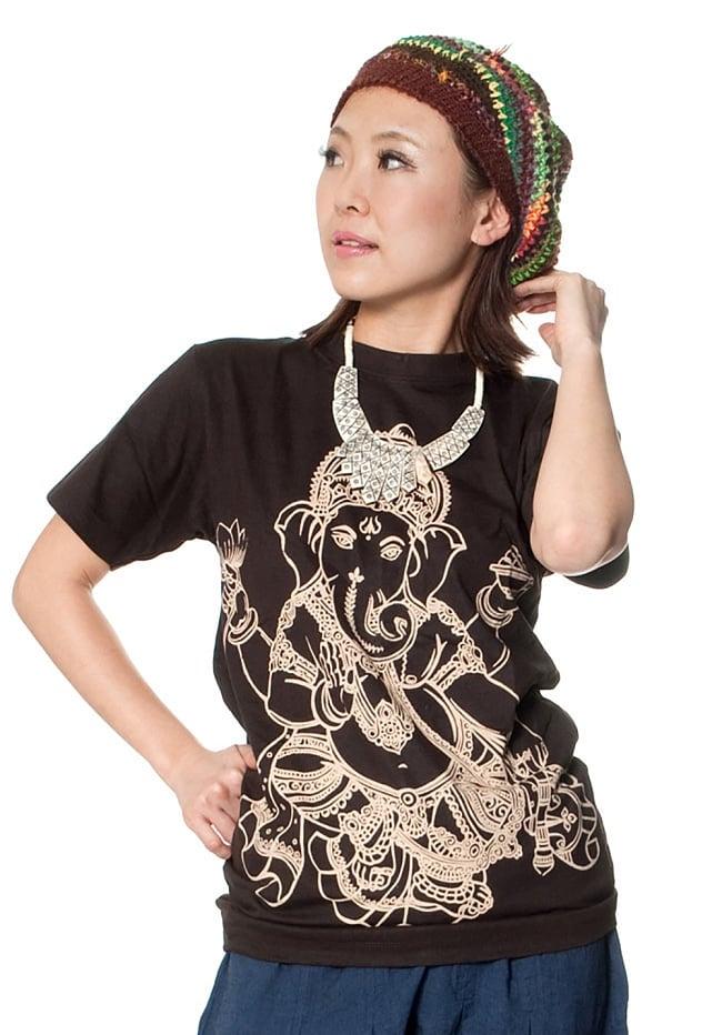 ロータスとオーンモチーフのTシャツ 9 - 類似商品を身長150cmのスタッフがSサイズを着てみました。