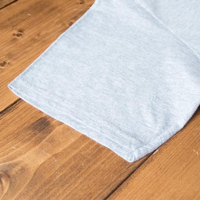 20ヨガポーズTシャツ ティラキタオリジナルデザイン 9 - 袖口を拡大しました。