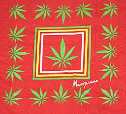 Marijuana 長袖Tシャツ - 柄のアップです
