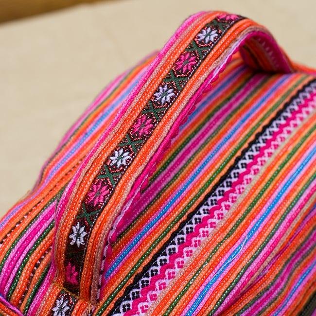 モン族刺繍のメイクボックス- ピンク系アソート 5 - 持ち手部分もしっかり刺繍で可愛いです!